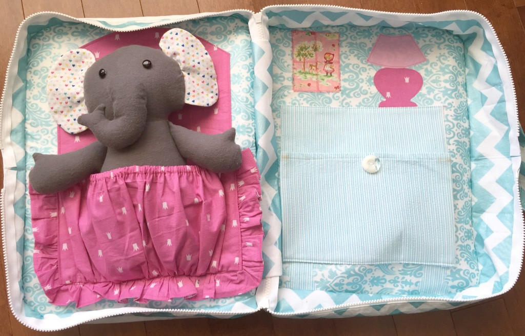 elephant open bed