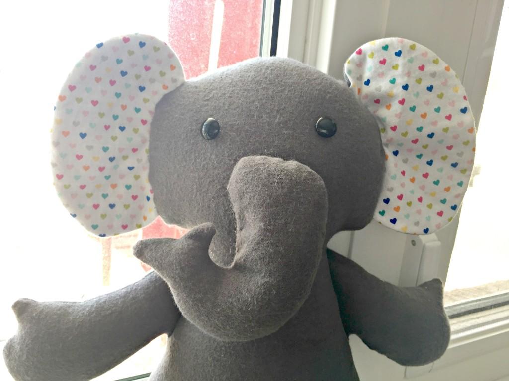 maya elephant 2